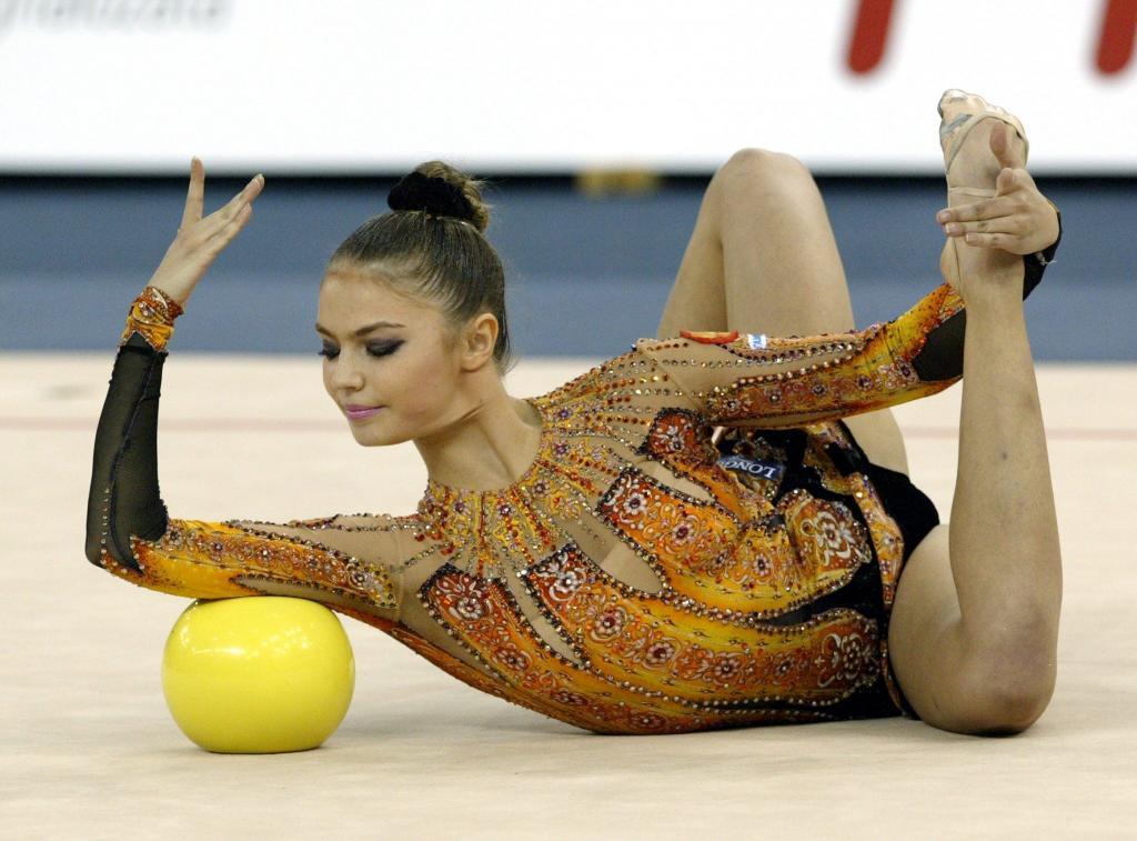 стен фото гимнасток россии по художественной гимнастике меня