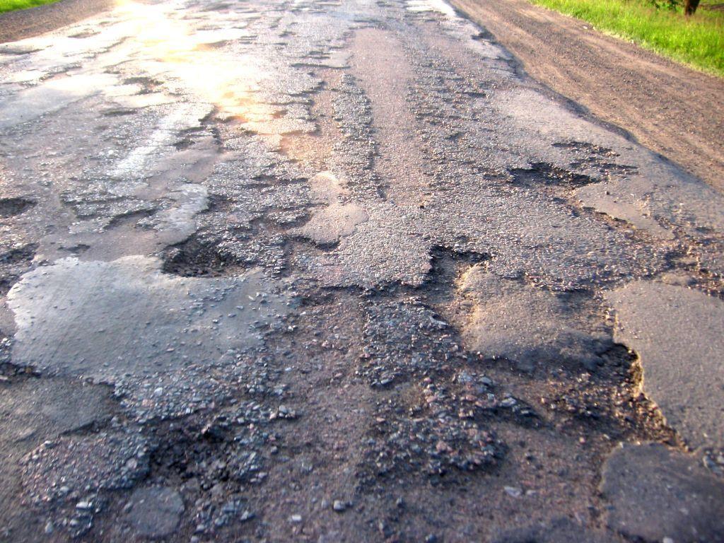 Мэрия Нальчика набумаге отремонтировала «убитые» дороги