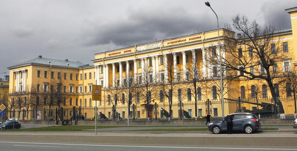 ВПетербурге курсант военной академии зарезал сокурсника вовремя ссоры