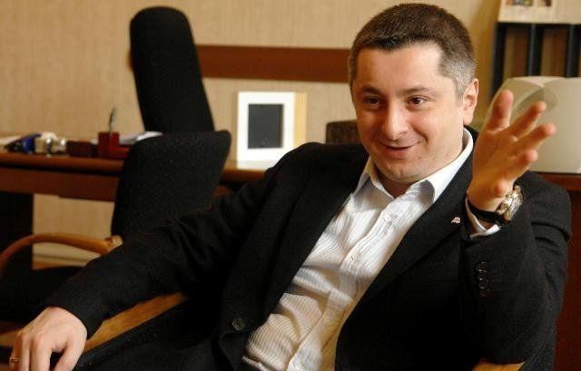 Гендиректора телекомпании «Рустави 2» избили вресторане вТбилиси