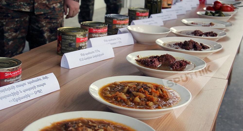 В Армении модернизируют систему организации питания военных по российской схеме