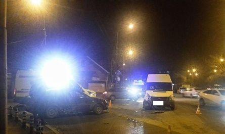 В Ставрополе в результате ДТП пострадала пассажирка маршрутного такси