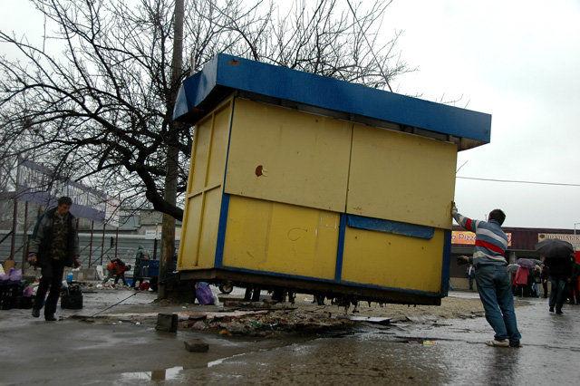 ВСтаврополе демонтируют нелегально установленные гаражи