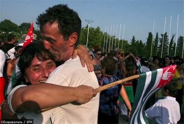 Владимир Путин поздравил народ Абхазии сДнем независимости