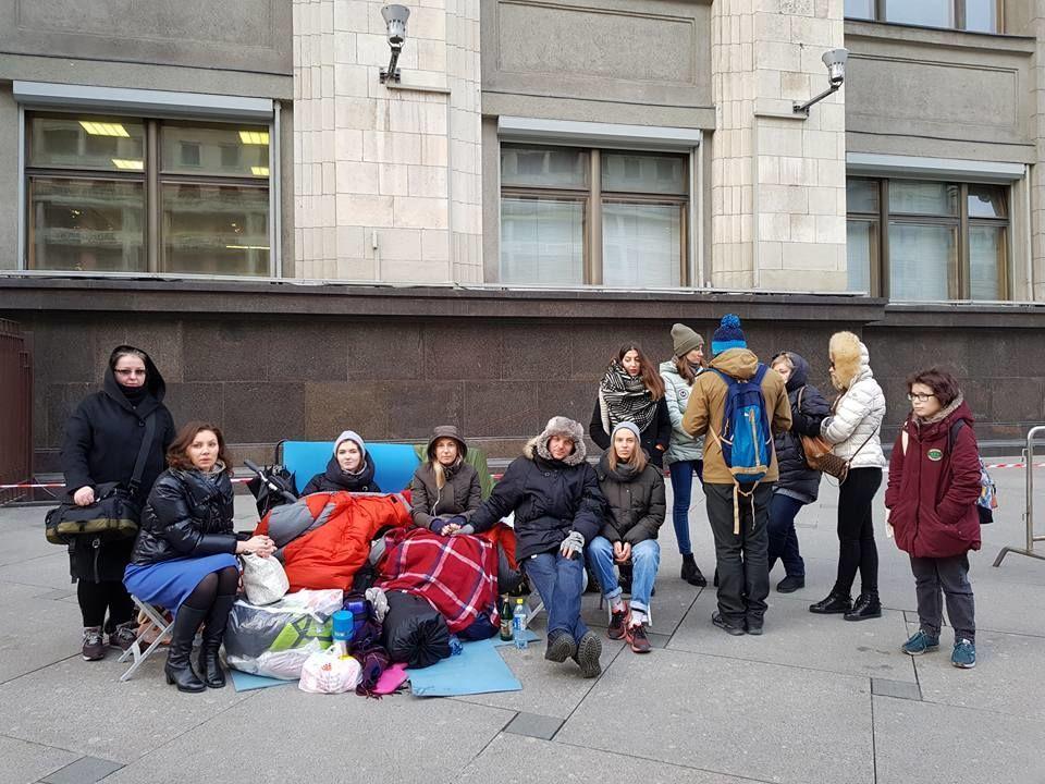 Зоозащитники голодают устен Государственной думы