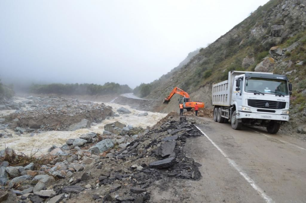 ВКБР река Баксан рушит дороги, мосты ипостройки