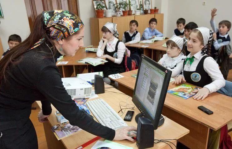 Трехсменное обучение вшколах СКФО ликвидируют к 2021