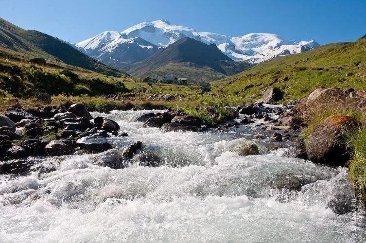 Во время спортивного сплава по речке Кубань погибло два человека