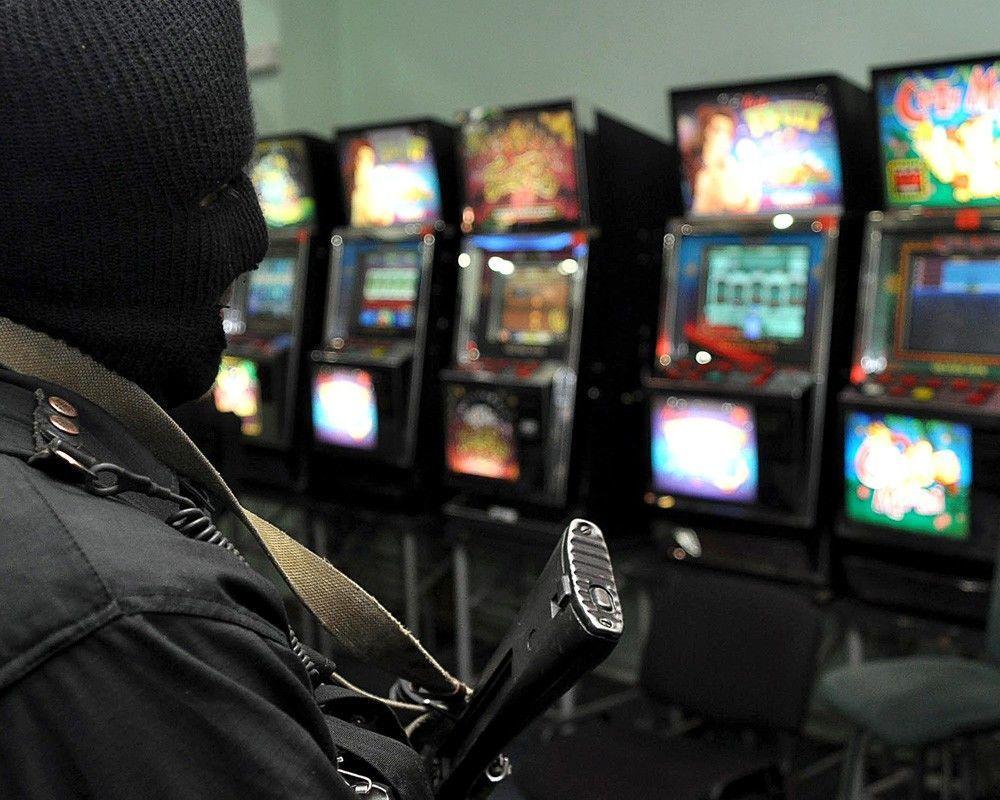 Работа в казино в москве подполье художественный фильм казино страна канада